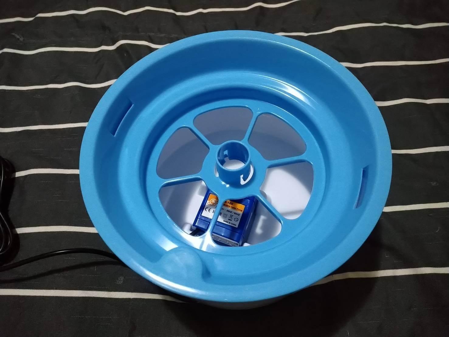 貓咪飲水機-花朵噴泉飲水機 蓋上過濾蓋