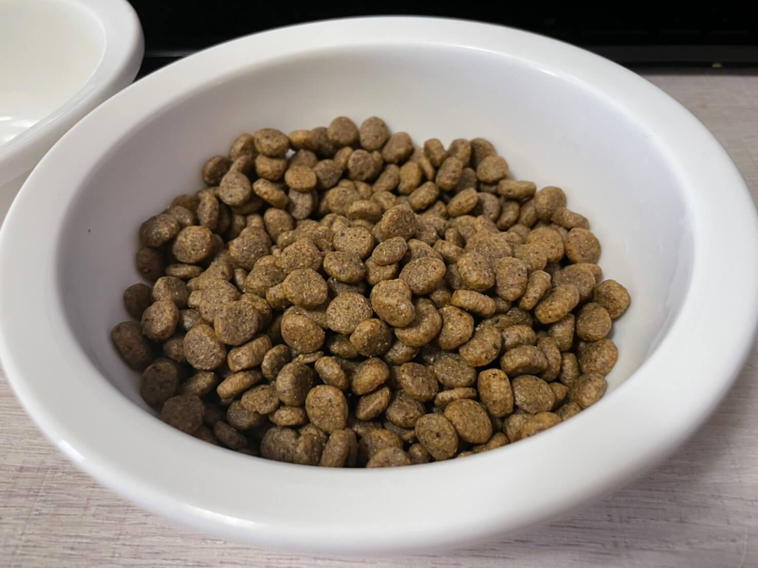 美國柏克貓飼料評價 內容物